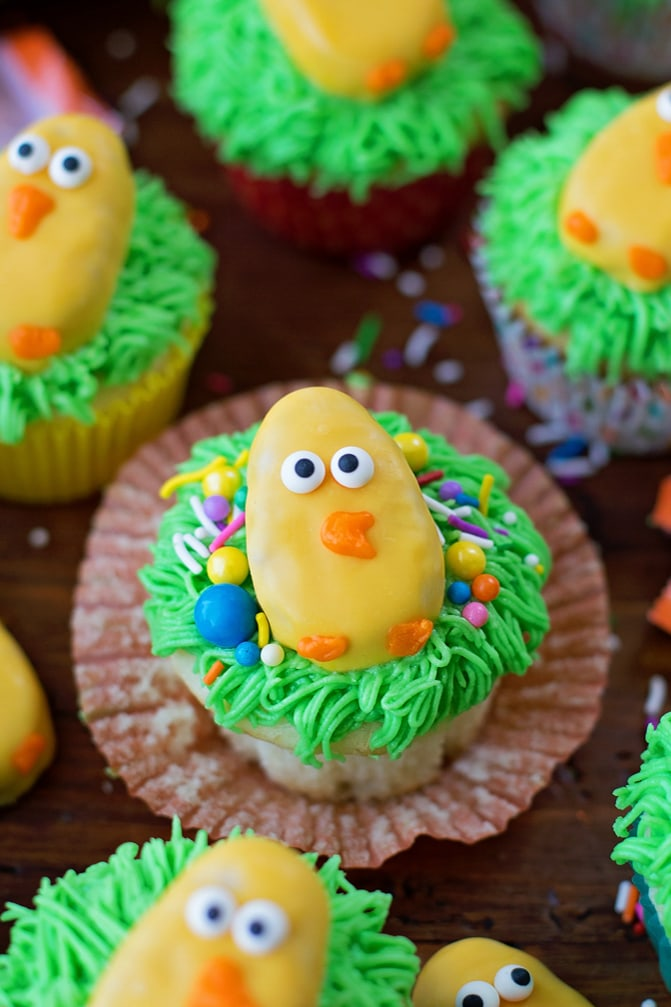 Cute Easter Cupcakes with Reese's Eggs