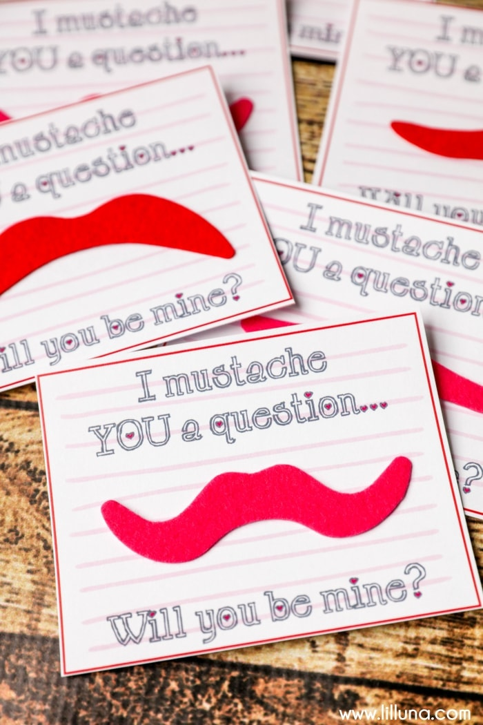 30+ simple handmade Valentines, candy and non candy! So many cute ideas!! See it on { lilluna.com }