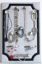 DIY - Jewelry Organizer - Mothers day gift idea