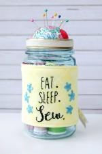 Easy Embroidered Mason Jar Pincushion