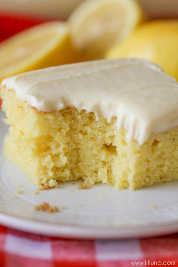 Moist Lemon Cake With Lemon Icing