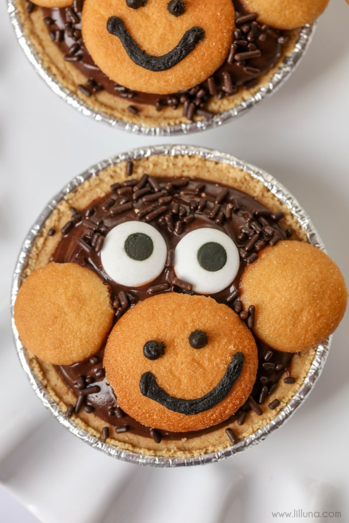 Mini Monkey Pudding Pies - so cute and so simple!