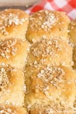 oatmeal-dinner-rolls-4