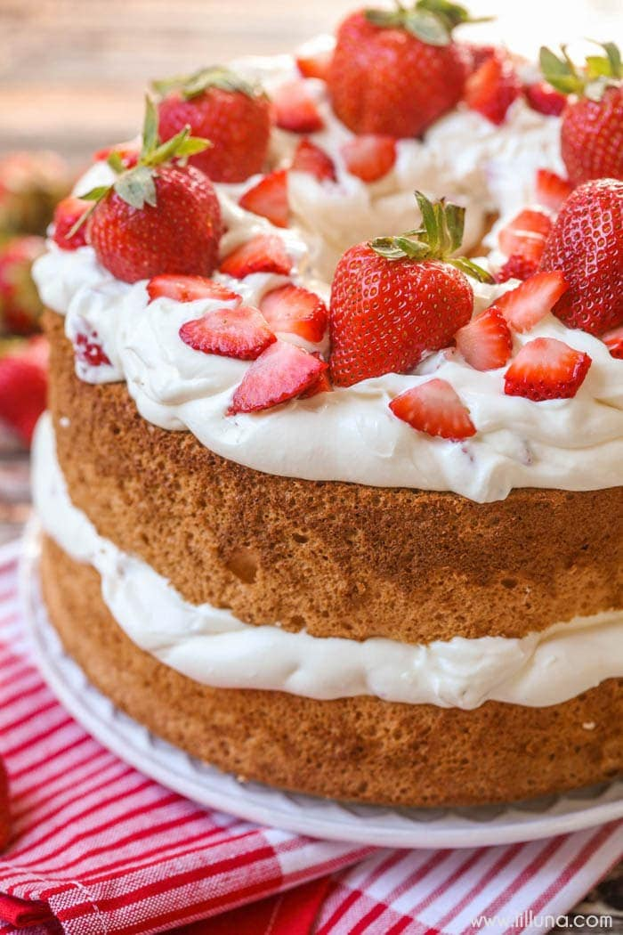 Angel Food Cake Strawberries Whip Cream