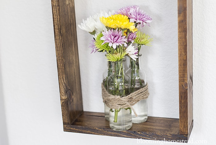 Inspirational DIY Rustic Floral Wall Decor This DIY Rustic Wall Decor is such a fun way