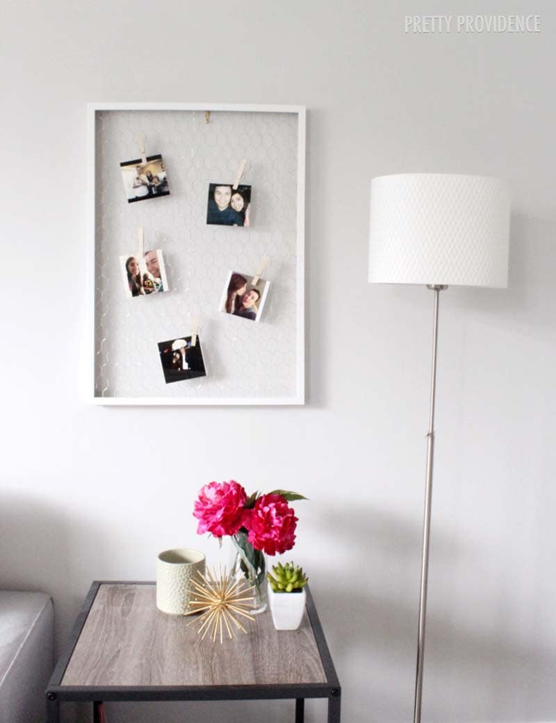 DIY Chicken Wire Photo Display!! Perfect for any bedroom or to display  Instagram photos