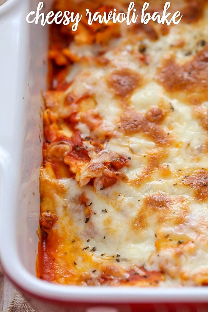 Easy Cheesy Baked Ravioli - a quick, simple and delicious dinner recipe that the whole family loves! Definitely adding this one to the monthly meal rotation.