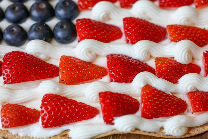 patriotic-fruit-pizza-7