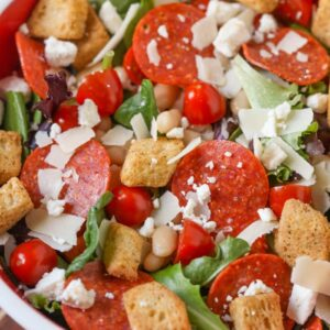pizza salad in large bowl