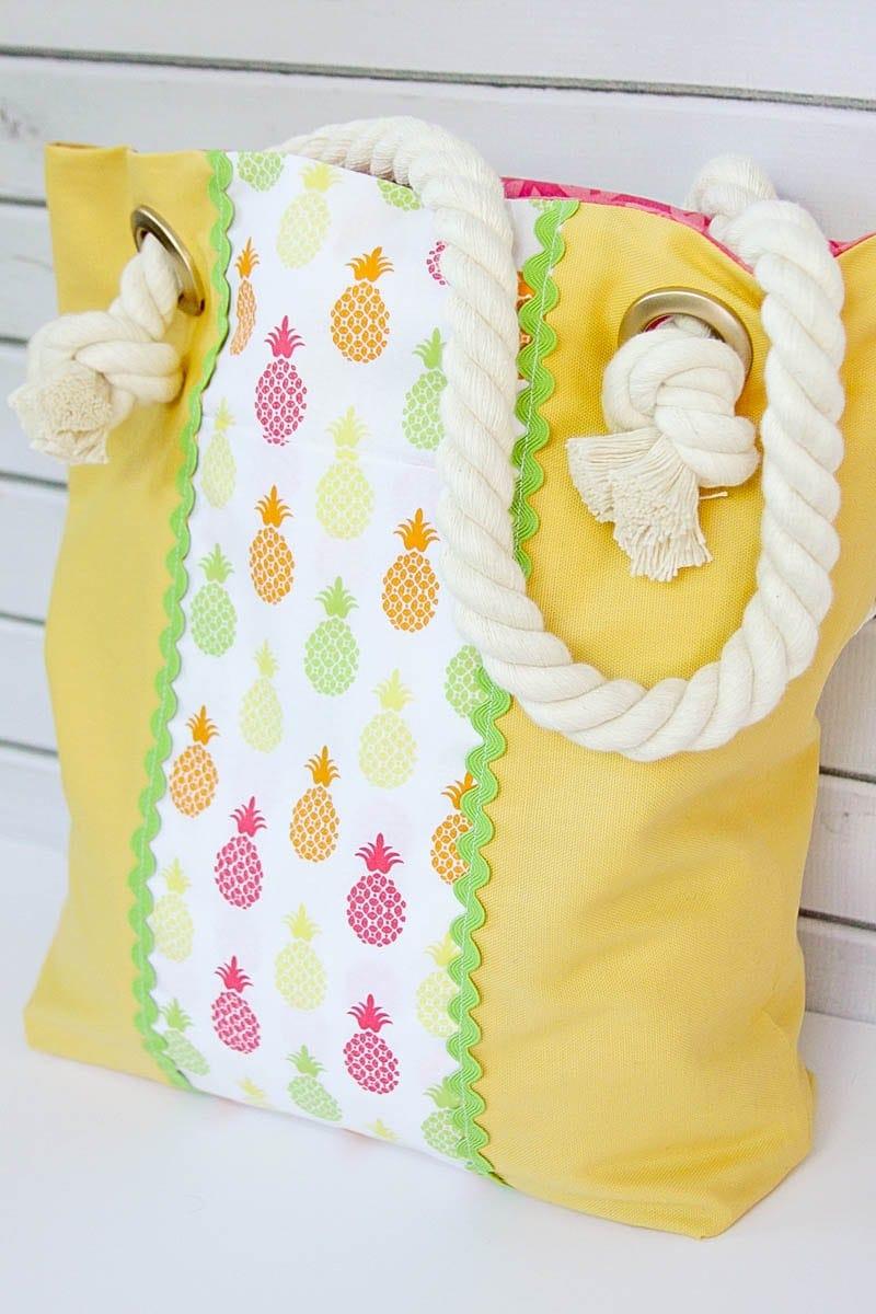 Easy Summer Pineapple Tote BagLil Luna