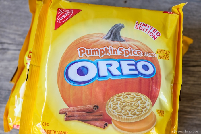 package of pumpkin spice oreos