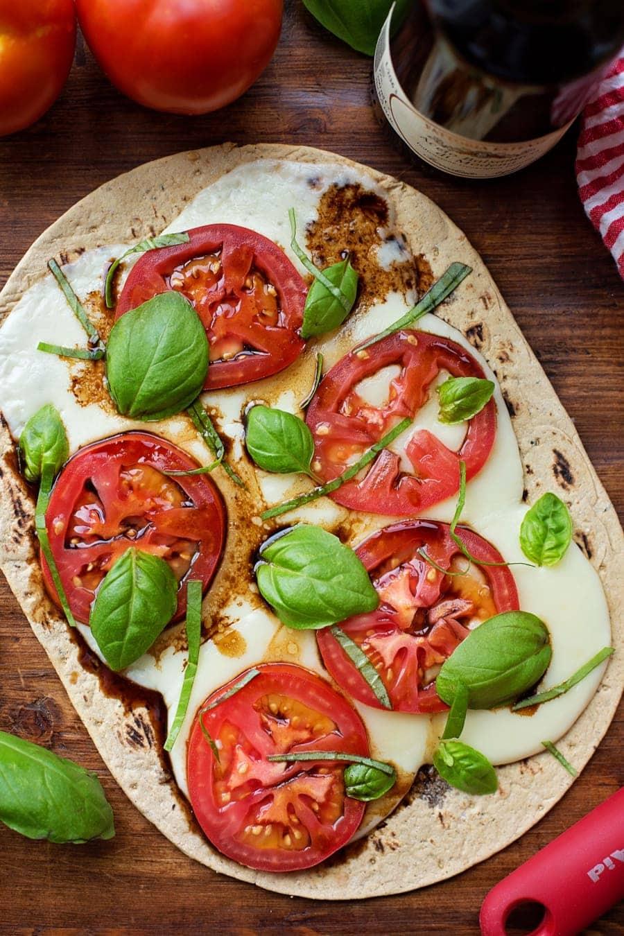 Caprese Flatbread Pizza - mozzarella, tomato, basil and balsamic vinegar!
