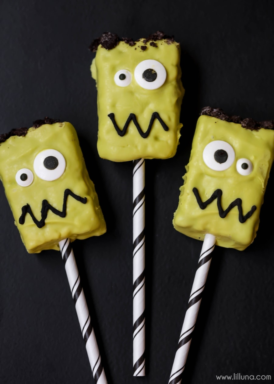 Frankenstein Rice Krispies Treats - fun, festive and adorable treats perfect for Halloween parties and a hit with the kids!