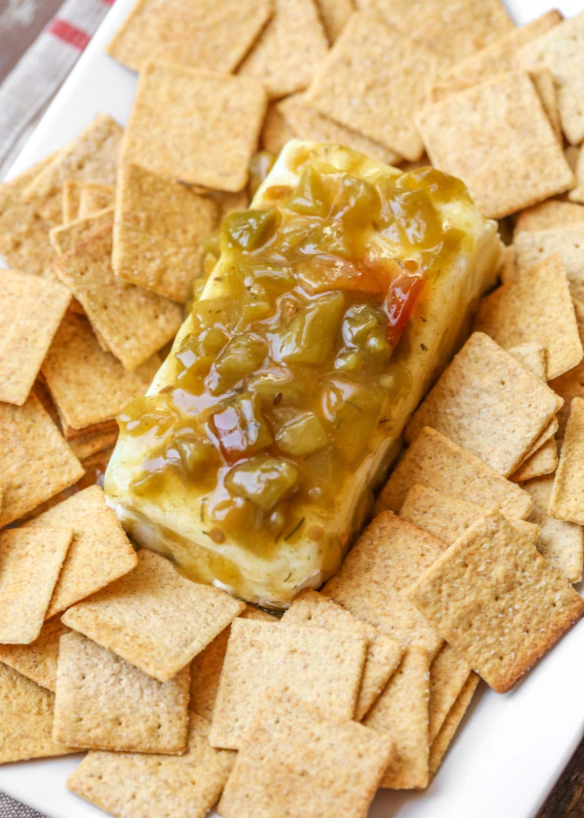 Green chili cream cheese dip with wheat thins
