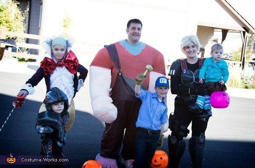 halloween costume family - 8