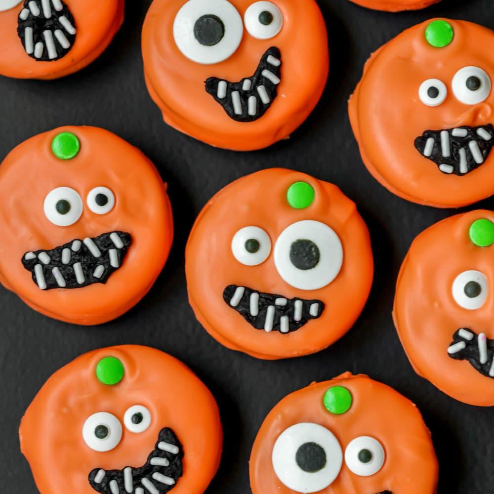 Pumpkin Oreos - Halloween Oreos
