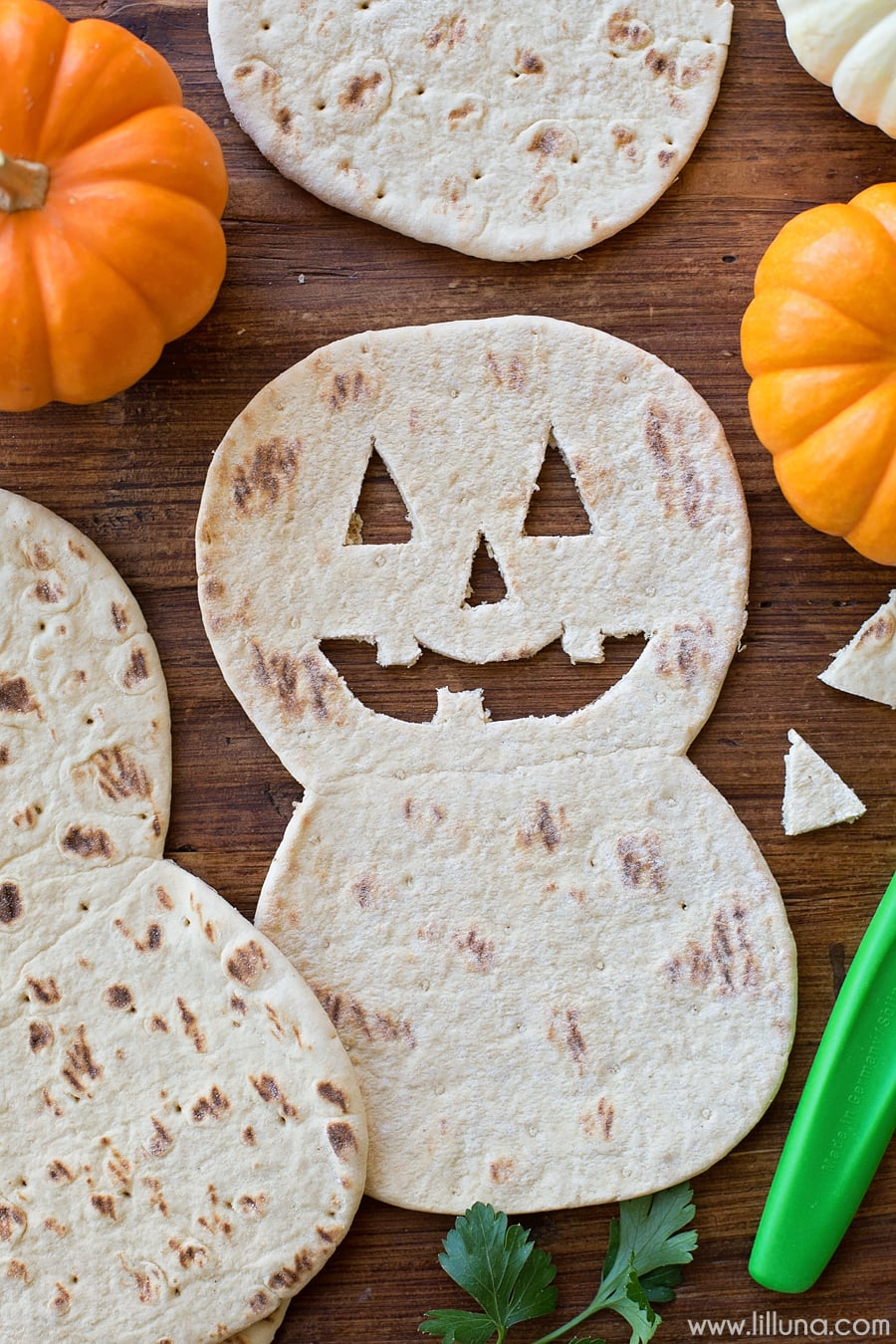 Flatbread Pumpkin Quesadillas - such a simple and cute recipe the kids will LOVE for Halloween.