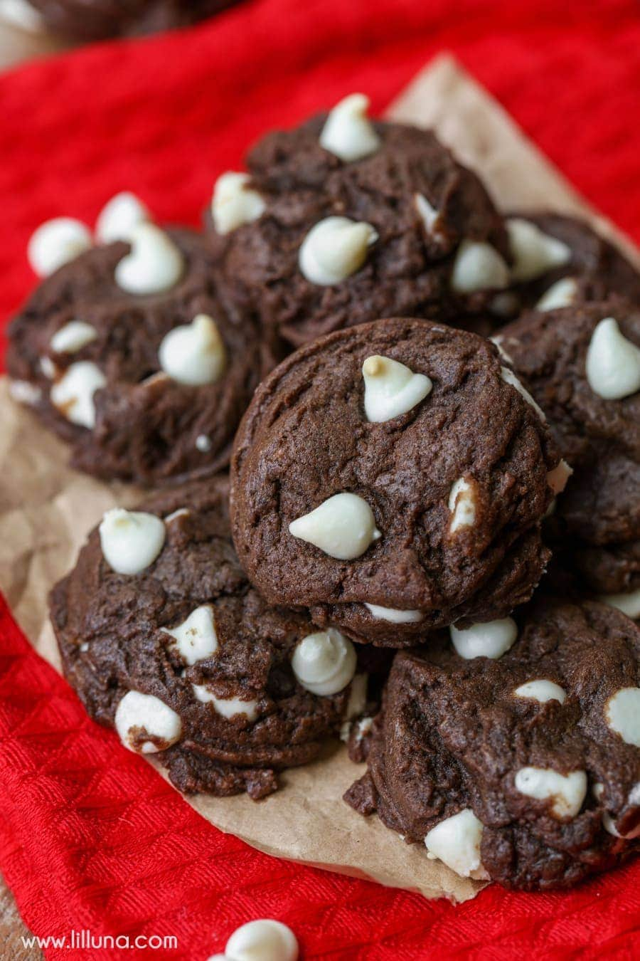 Black and White Chippers - soft, chewy, tiny chocolate cookies filled with white chocolate chips. SO good!!