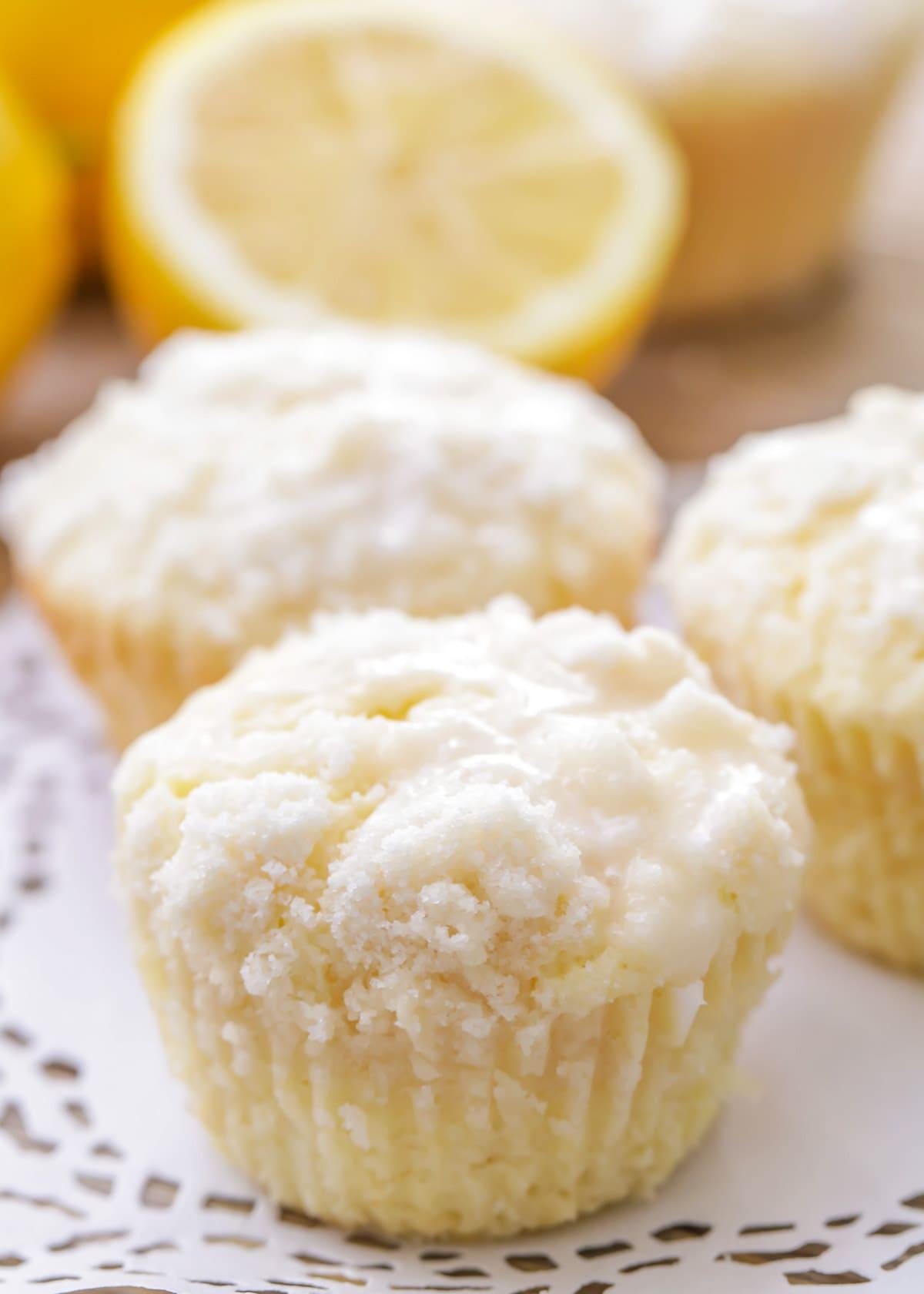 Lemon muffins with lemon crumb topping