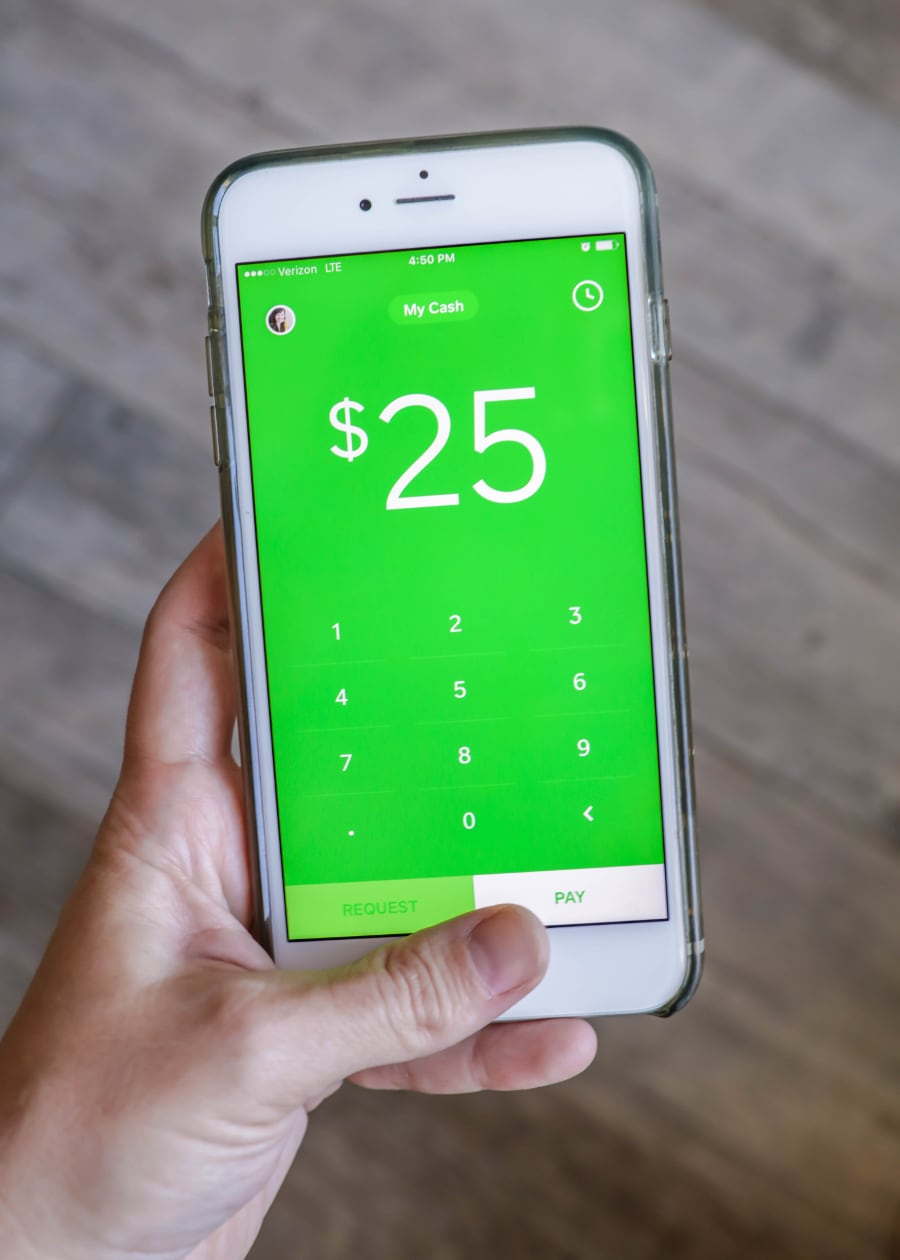 All about the Square Cash App - The easiest way to send cash to family and friends!