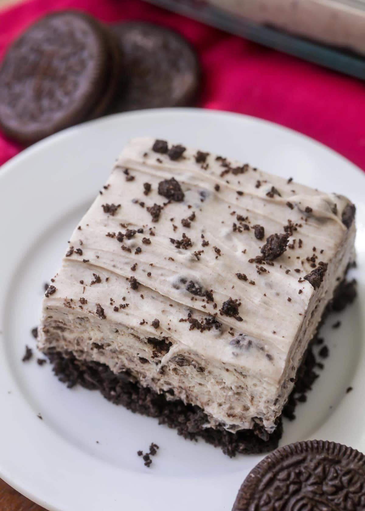 Oreo Cheesecake slice on a plate