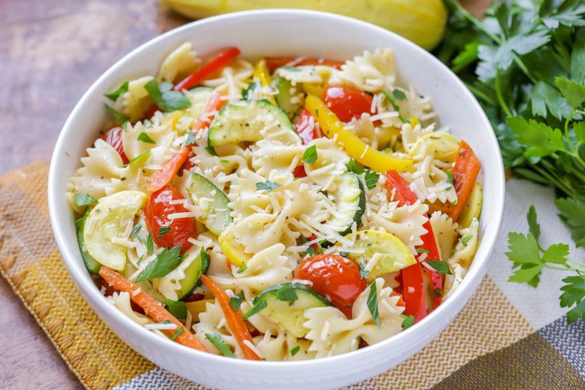 Pasta primavera in a white bowl