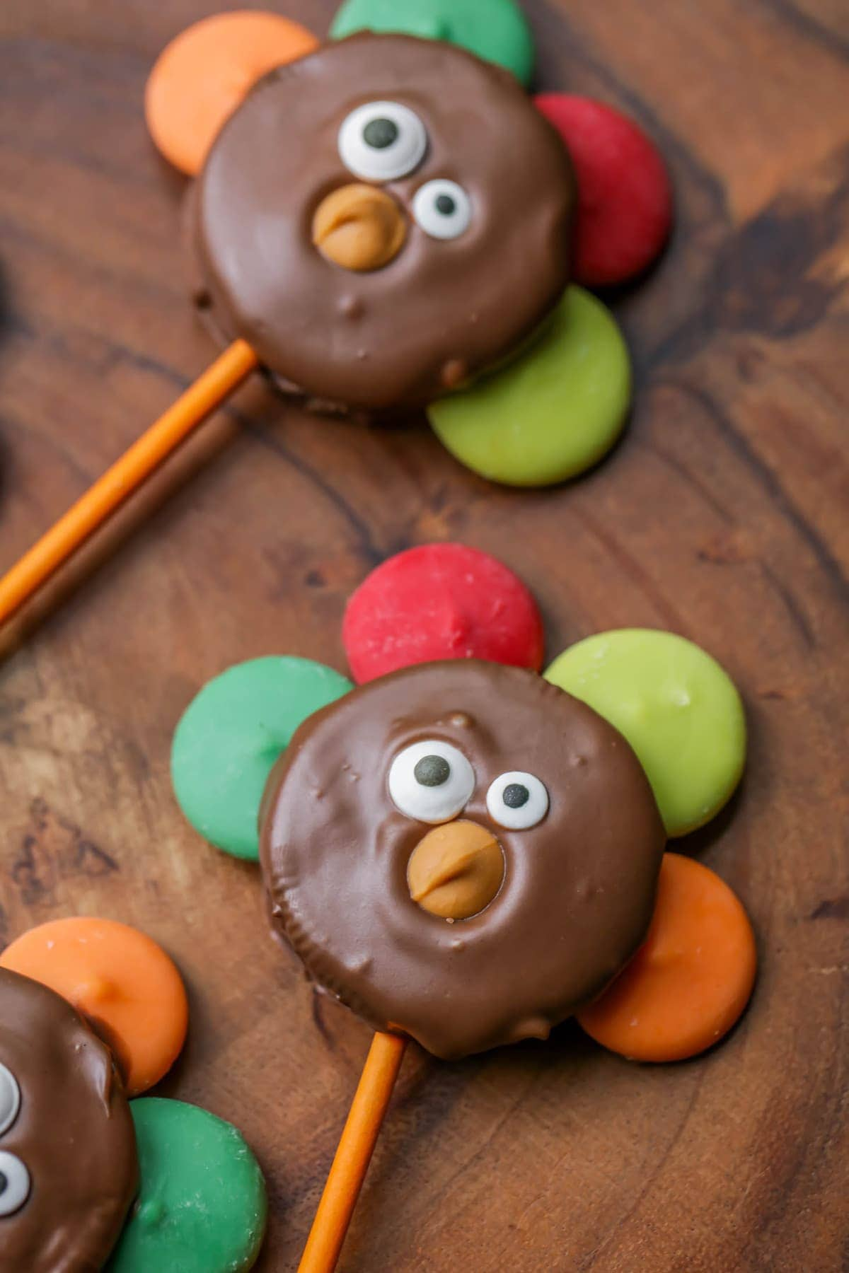 oreo turkeys chocolate dipped oreos with candy melts as feathers candy eyes and a - Pictures Of Turkeys For Kids 2
