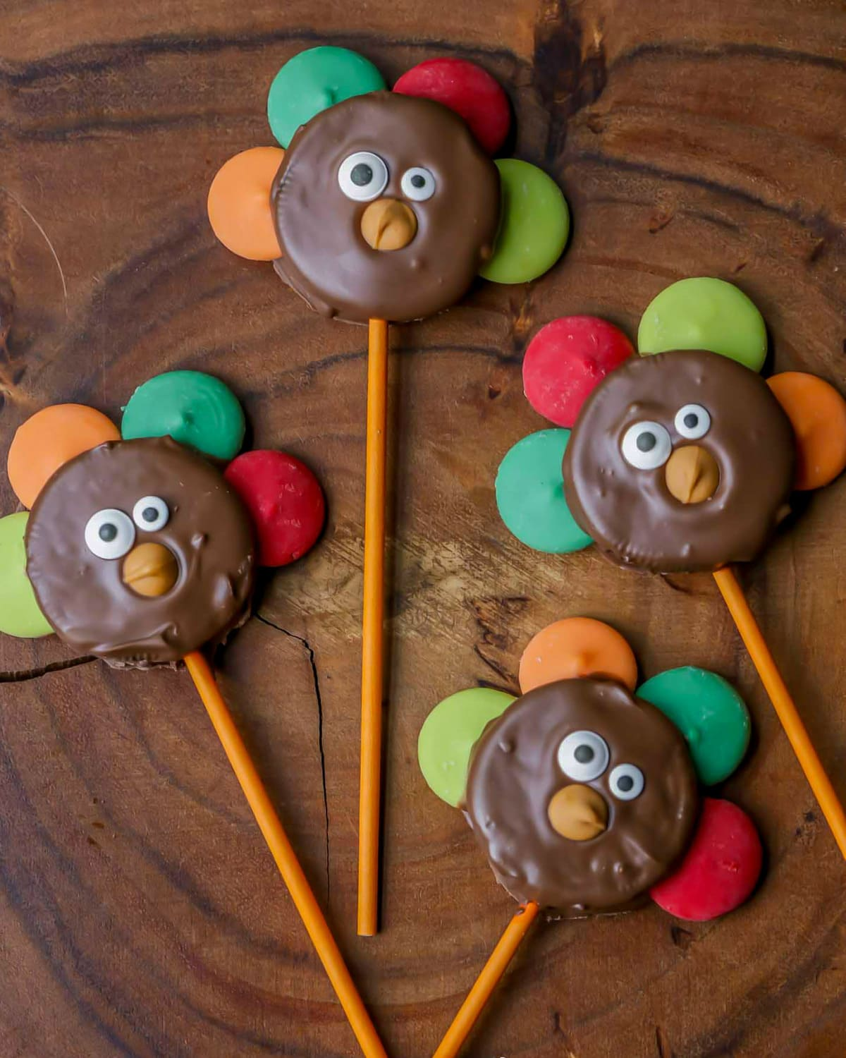 Thanksgiving Oreos on sticks