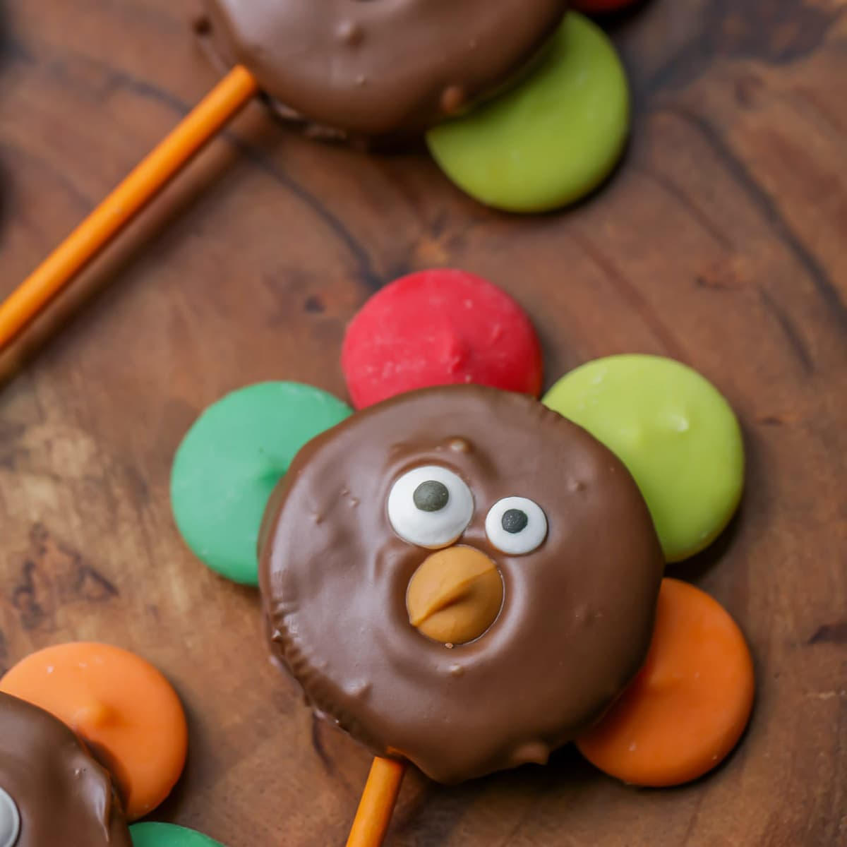 Oreo Turkey cookies - a great holiday treat