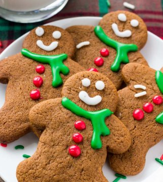 These gingerbread men cookies have soft centers and crispy edges. Then they're filled with brown sugar, molasses & warm spices for the perfect gingerbread flavor.