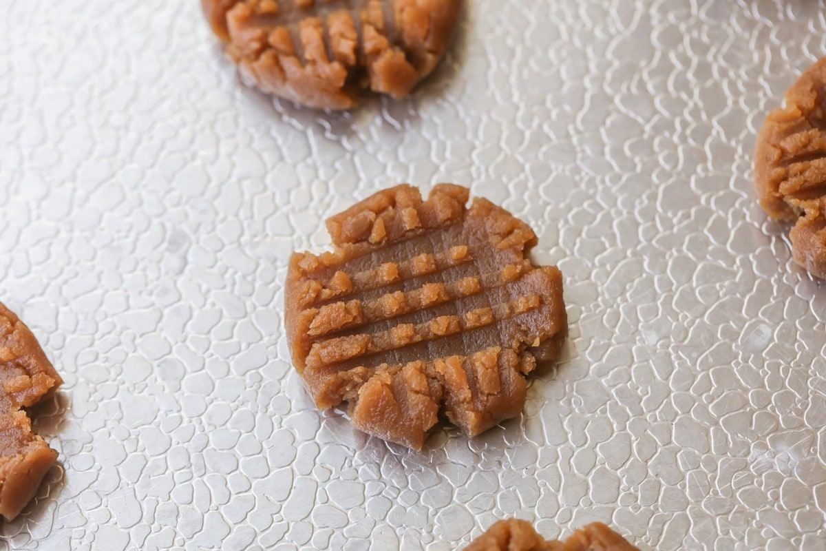 Peanut Butter Cookies 3 ingredients