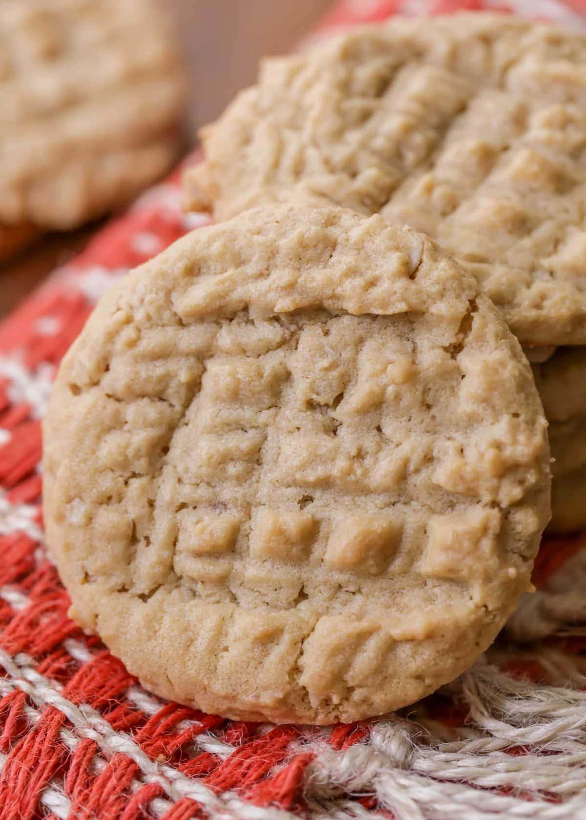 3597845a4e7e BEST Peanut Butter Oatmeal Cookies (+VIDEO)