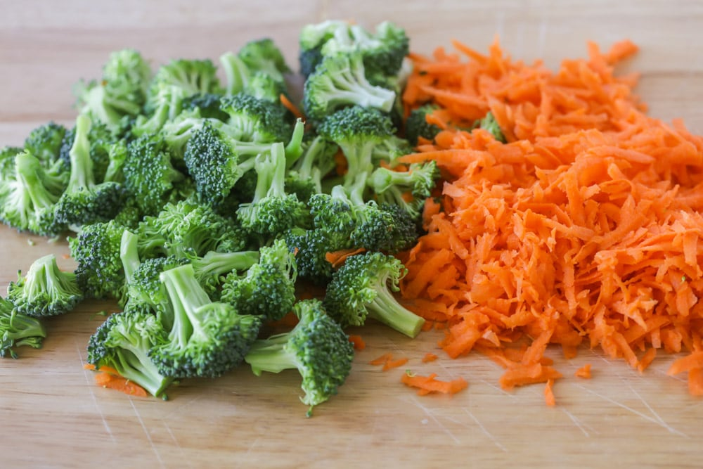 Broccoli and shredded carrots for soup