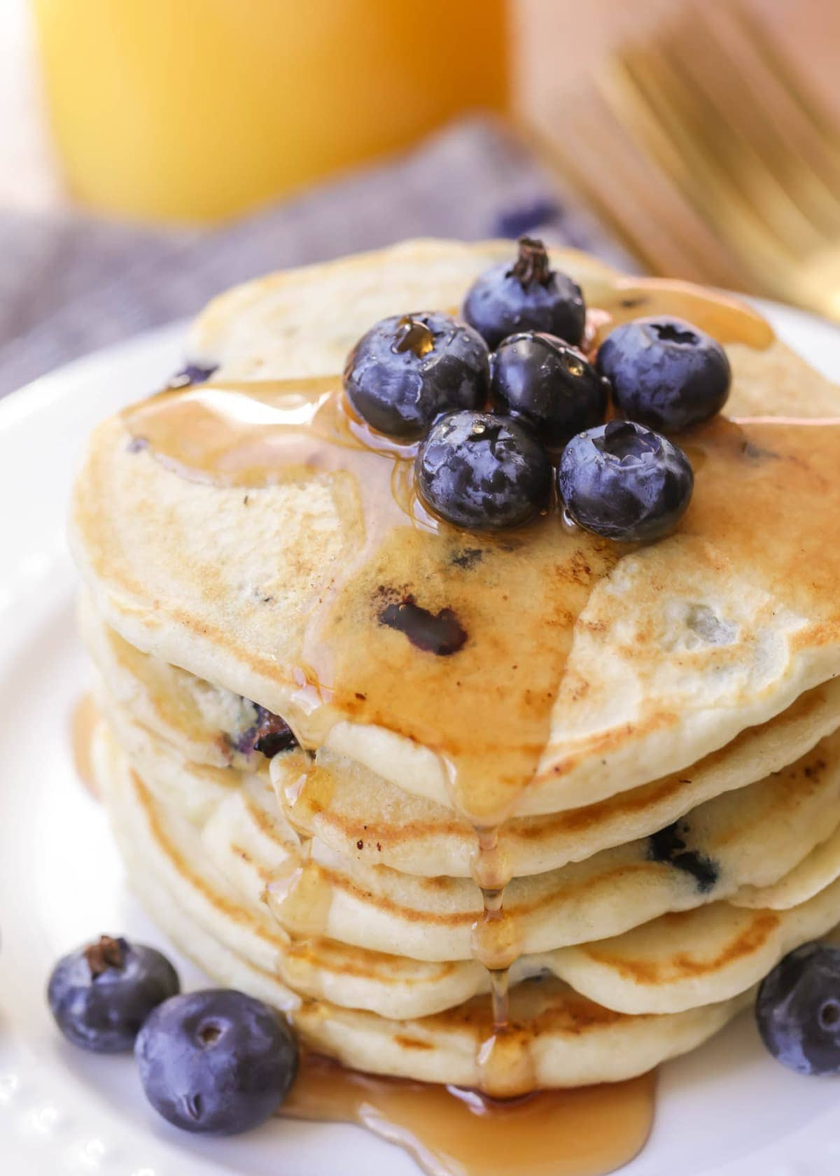 Best Blueberry Pancakes