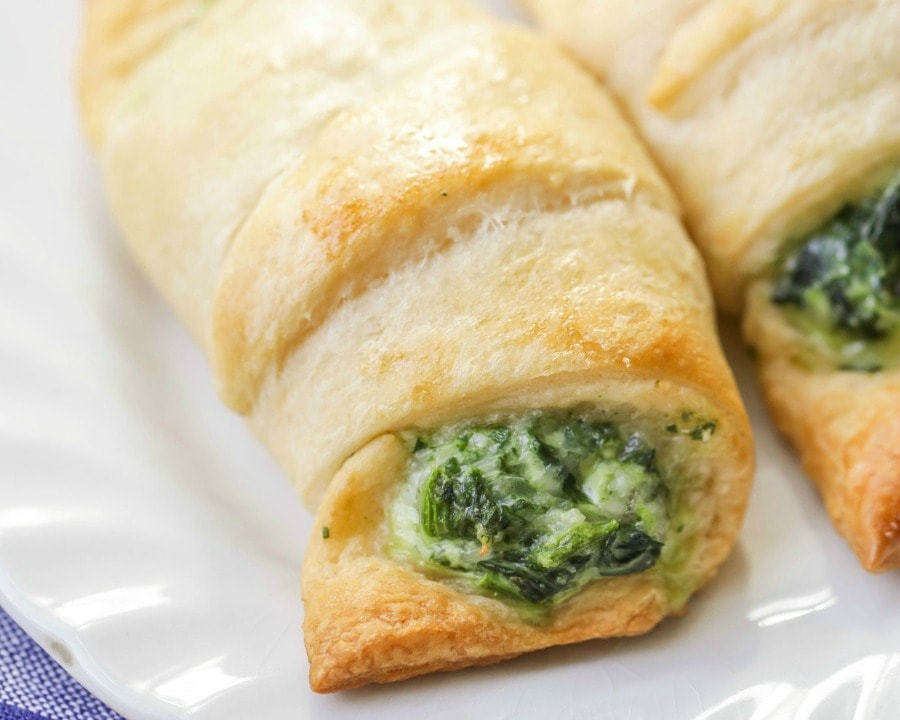 Cheesy Spinach Rolls