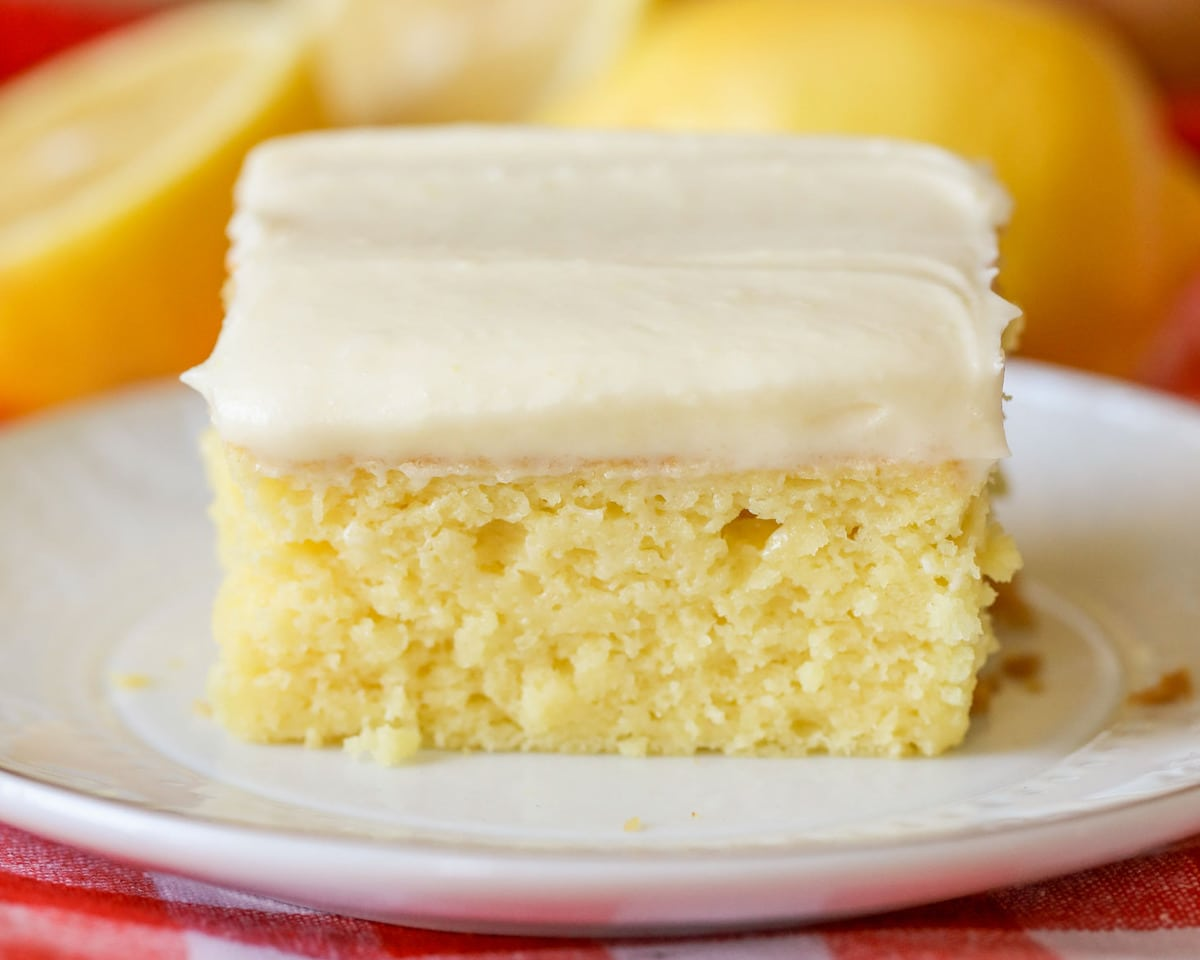 Moist Lemon Box Cake