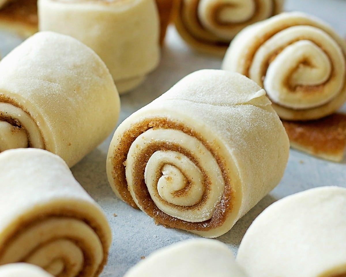 mini-cinnamon-rolls-resize-8.jpg