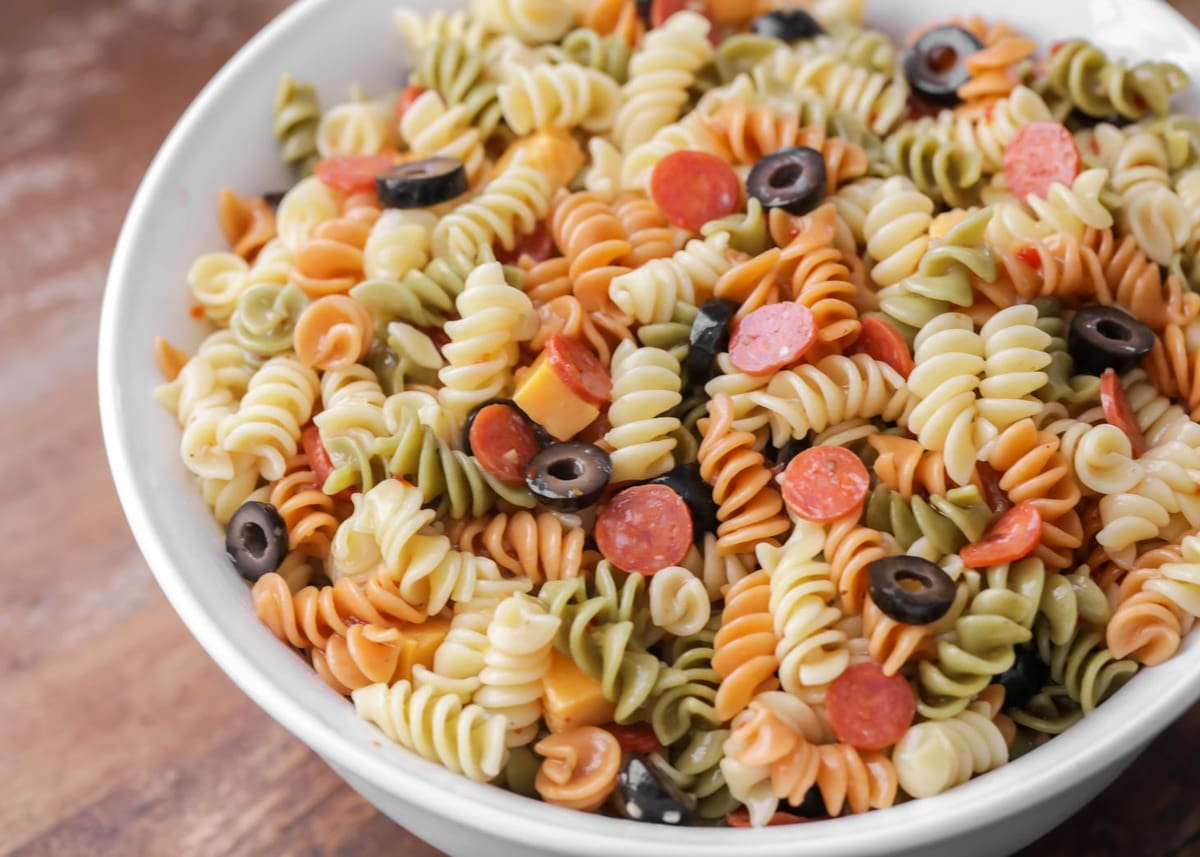 Easy Pasta Salad Recipe With Italian Dressing Video Lil Luna