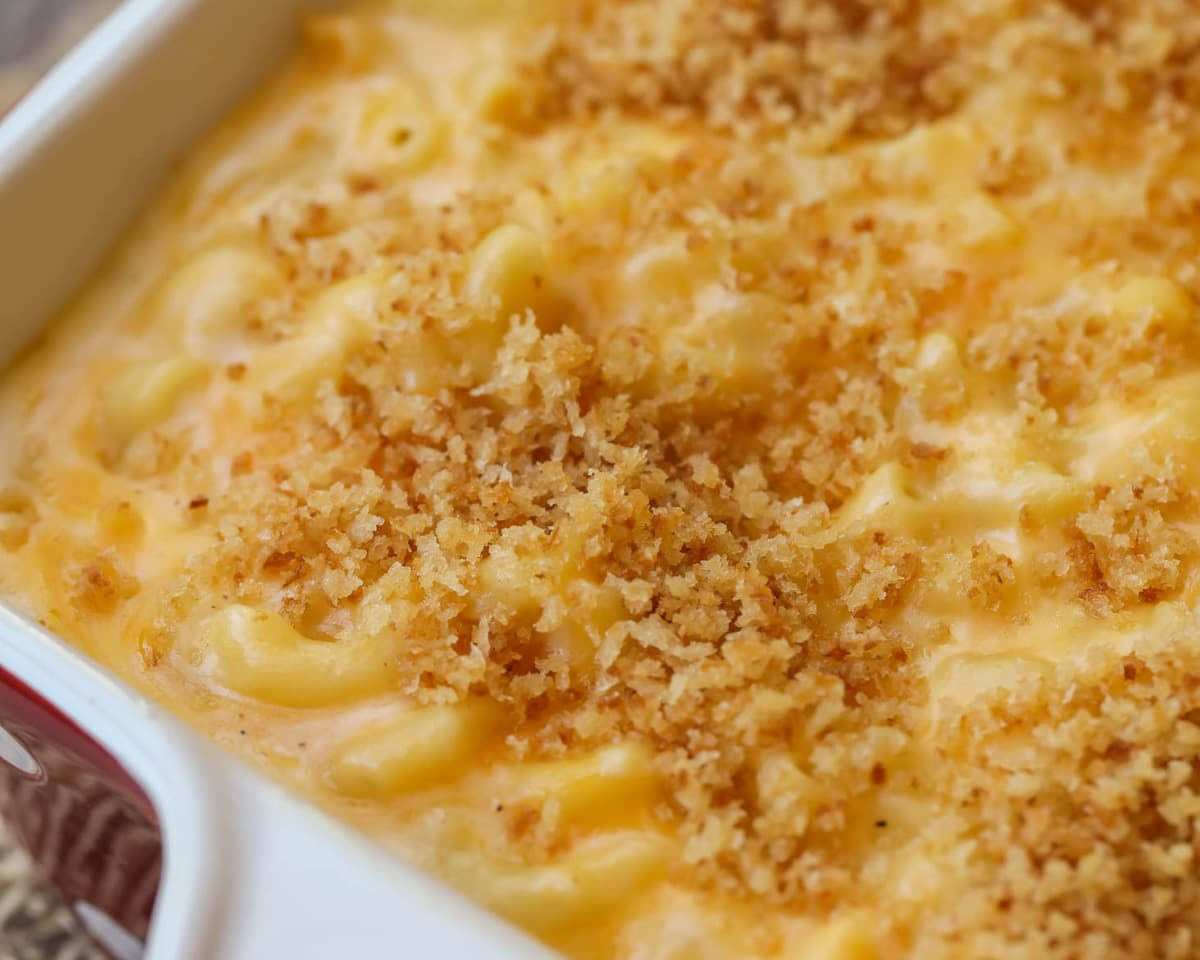 Best Mac and Cheese Recipe in casserole dish
