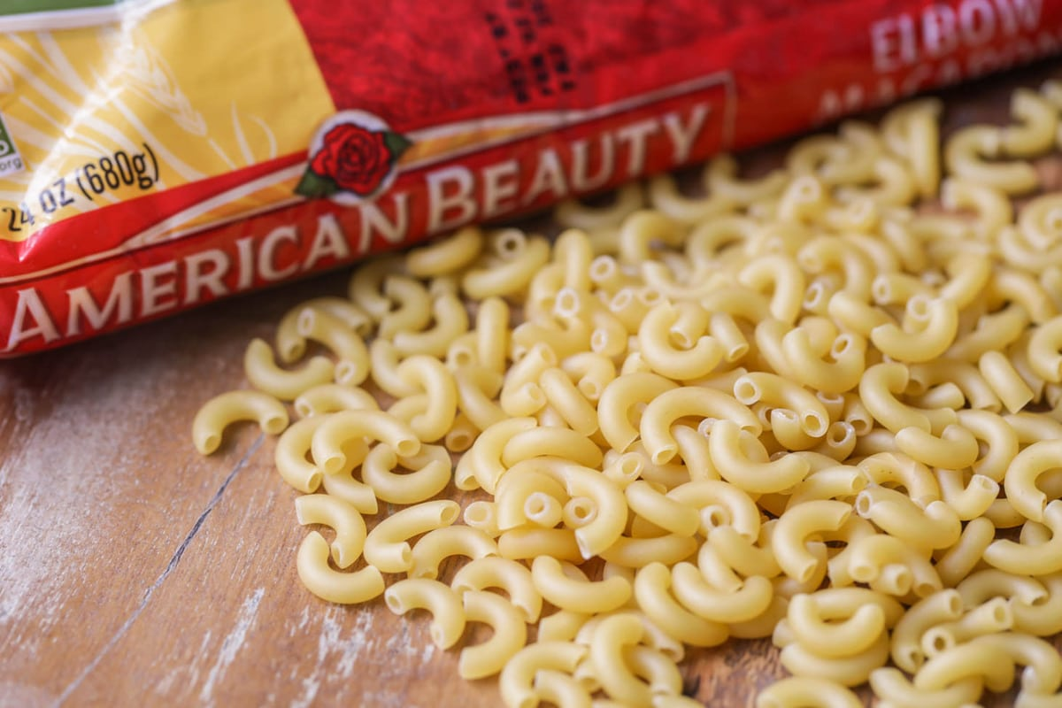 Dry Macaroni noodles