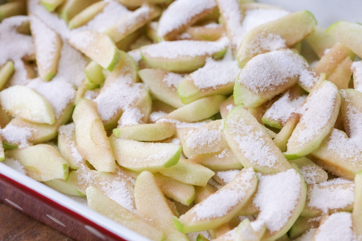 How to Make Apple Cobbler