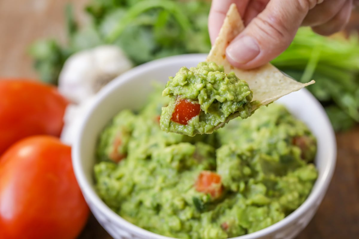 Simple Guacamole Recipe Made In 10 Minutes Lil Luna