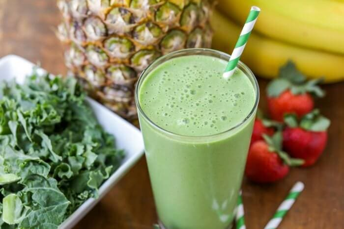 Kale Smoothie - An easy healthy breakfast recipe