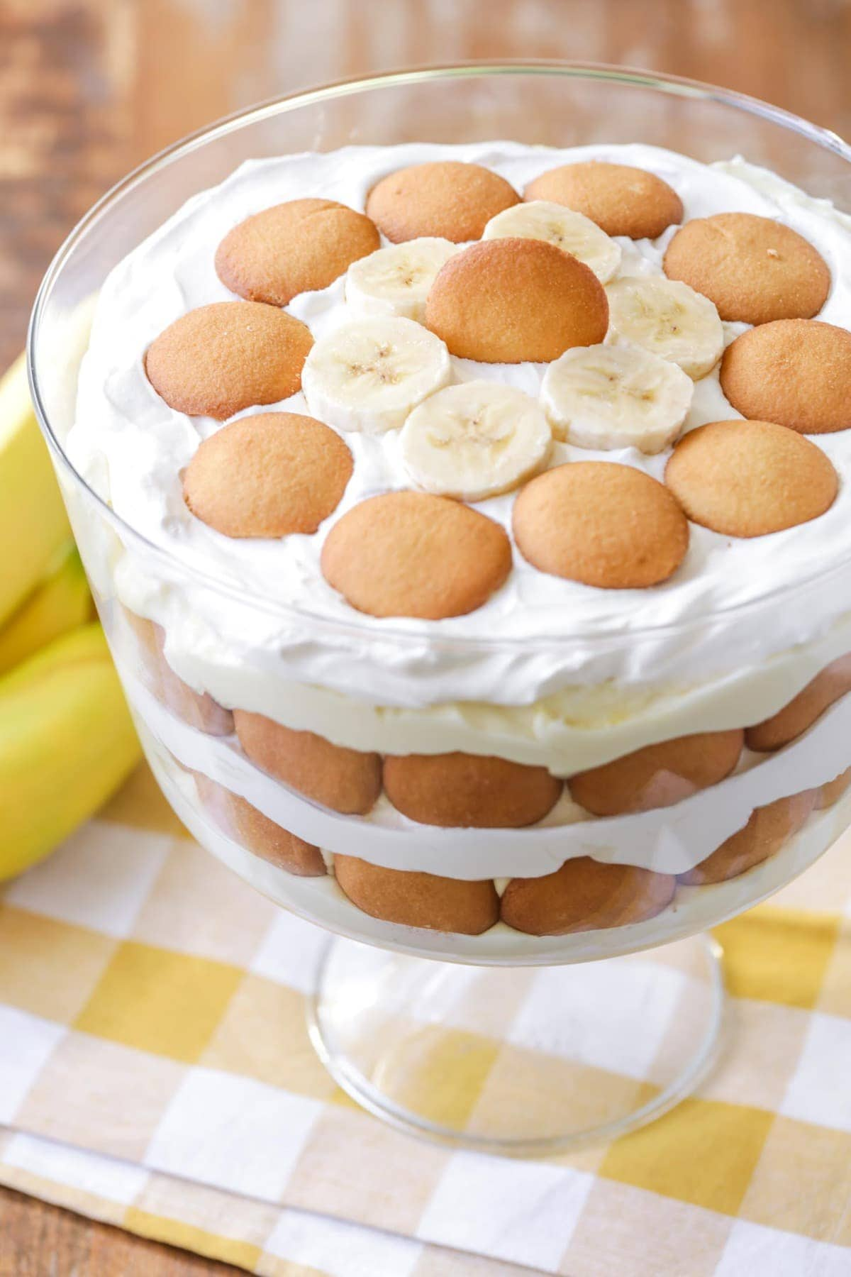 Easy Banana Pudding topped with nilla wafers and banana slices