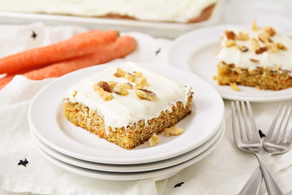 Easy carrot cake recipe - slice on plate