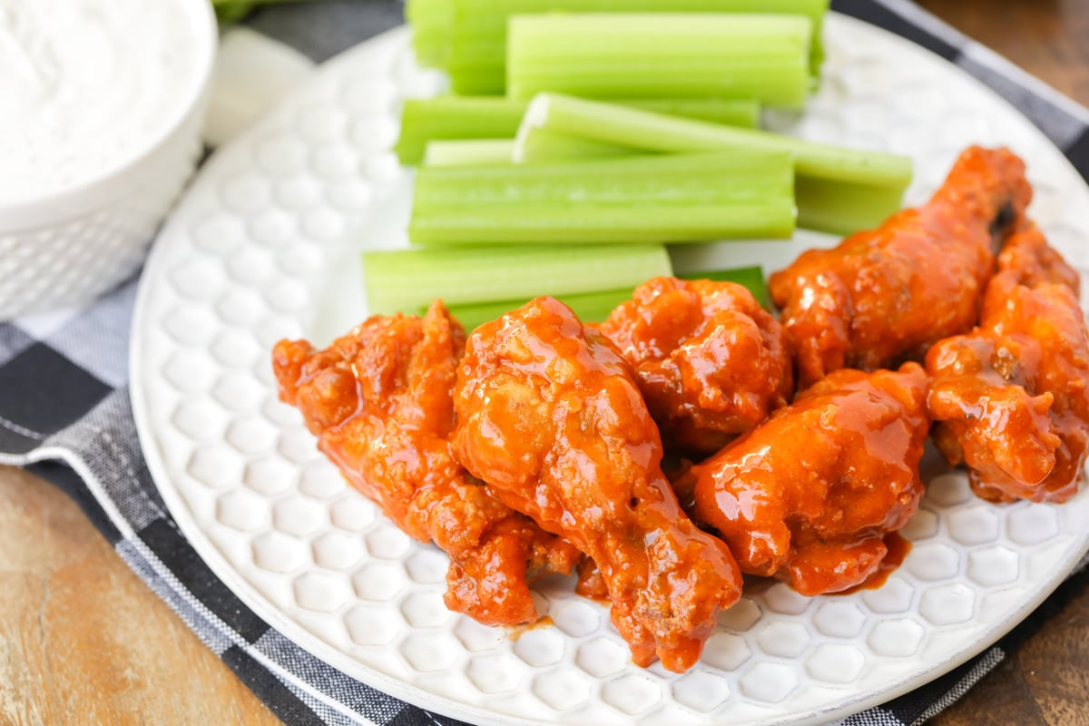 Easy Buffalo Wings Recipe Aka Hot Wings Lil Luna