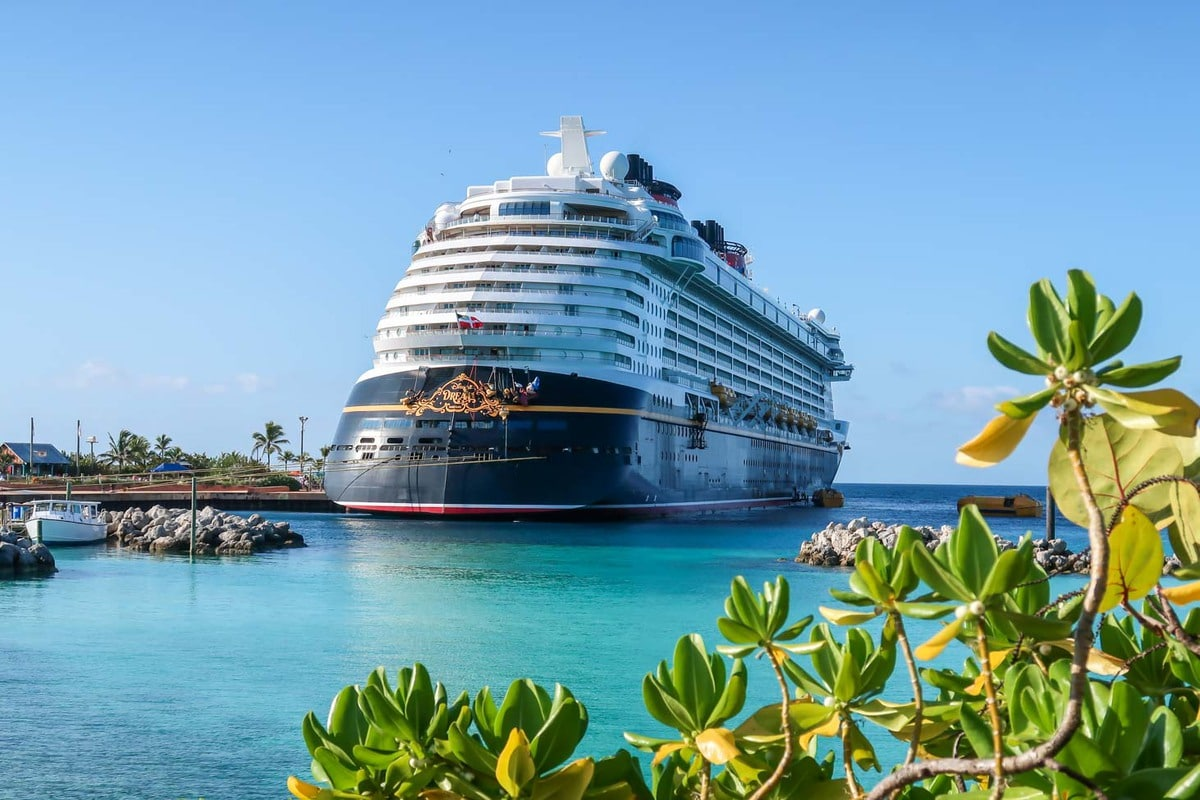 Disney Dream ported at Castaway Cay