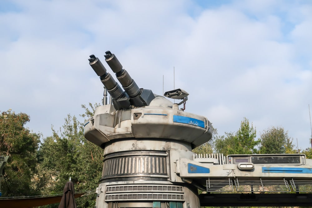 Star Wars Rise of the Resistance ride