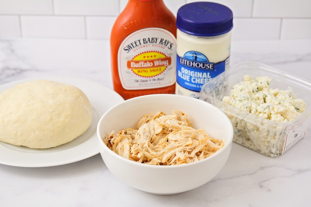 Ingredients for buffalo chicken pizza recipes