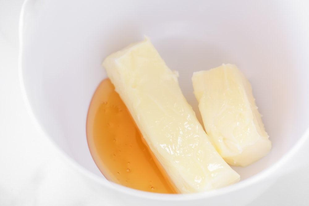 How to make honey butter with butter and honey